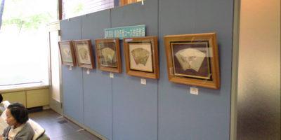 市民ロビーで生徒作品を展示しています
