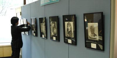 広島市役所1階市民ロビーで生徒作品を展示しています