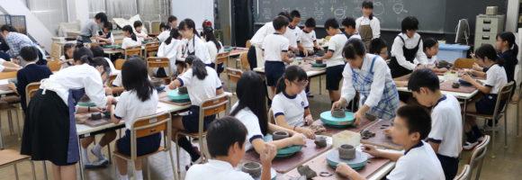 白島小陶芸教室を開催しました。