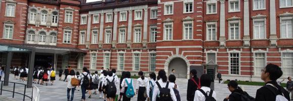 修学旅行進路別研修で東京芸術大学や森美術館を訪問しました。
