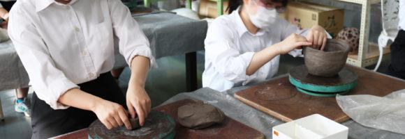 創造表現コース授業レポート「3年生 陶芸」