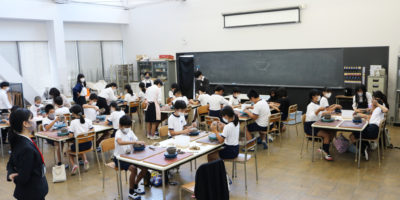 白島小陶芸教室を行いました
