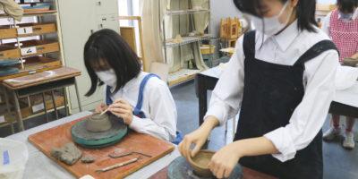 創造表現コース授業レポート「3年  陶芸」